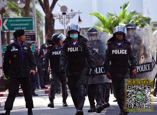 泰国佛牌又创神迹--警匪枪战战神附体